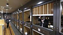 'WFH' Dalam Ketenangan 'Kantor Kapsul' Jepang
