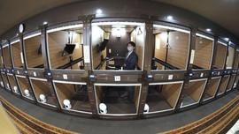 FOTO: Kerja dari 'Kapsul' di Jepang