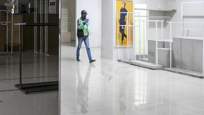 Pusat perbelanjaan Golden Truly resmi menutup operasionalnya pada 1 Desember 2020 dan akan beroperasi secara online di beberapa e-commerce.