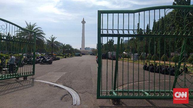 Berbeda dari tahun-tahun sebelumnya setiap tiba 2 Desember, area Monumen Nasional kini sepi dari simpatisan Rizieq Shihab. Tak ada massa ataupun ormas lain.