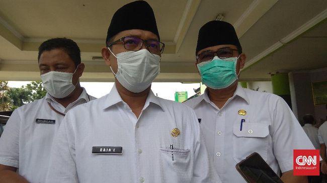 Wakil Bupati Pamekasan Raja'e tak mengetahui alasan massa mengepung rumah Mahfud MD di Madura.