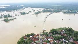 FOTO: Banjir di Banyumas Akibat Luapan Sungai Serayu