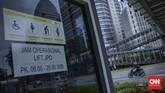 Jakarta sebagai kota metropolitan memiliki berbagai fasilitas umum yang ramah difabel. Berikut beberapa fasilitas tersebut.
