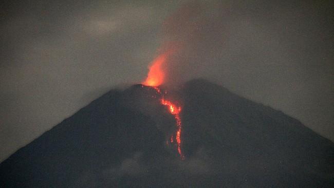 PVMBG Imbau Warga Waspada Erupsi Gunung Semeru