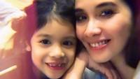 <p>Sebagai ibu, Marsha Timothy sering membagikan momen kebersamaannya dengan Jizzy Pearl di akun instagram pribadinya, Bunda.(Foto: Instagram @marshatimothy)</p>