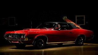 FOTO: Mobil Klasik James Bond Cougar XR7 'Provokasi' Kolektor
