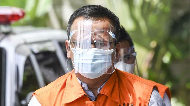 KPK memperpanjang masa penahanan mantan Menteri KP Edhy Prabowo untuk kepentingan pelengkapan berkas penyidikan.