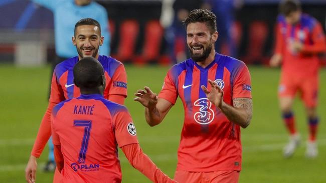 Malam Aneh yang Indah untuk Giroud di Liga Champions