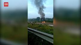 VIDEO: Kecelakaan Maut, 3 Penumpang Tewas Terbakar