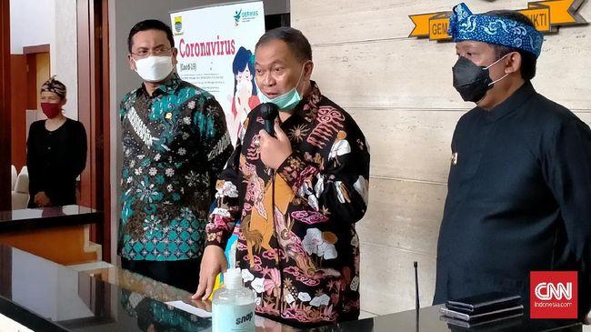 Kota Bandung kembali menjadi zona merah penularan Covid-19. Ibu kota Provinsi Jabar itu dipastikan akan terapkan PSBB proporsional 14 hari.