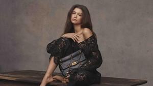 Zendaya Jadi Wajah Baru Rumah Mode Valentino