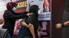 Polisi Tetapkan Iyut Bing Slamet Tersangka Kasus Narkotika