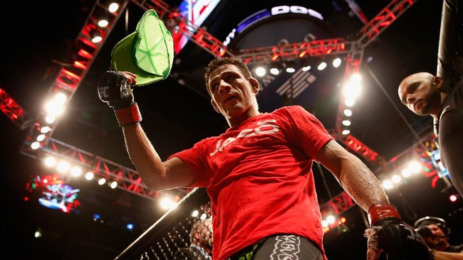 Mimpi Nyaris Mustahil Dos Anjos Balas Dendam ke Khabib di UFC