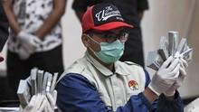 Pejabat Kemensos hingga Hotma Disebut Terima Uang Suap Bansos