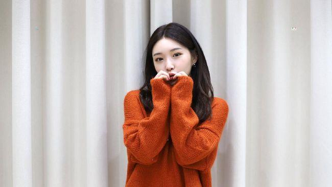Chungha menuliskan surat kepada penggemarnya untuk tidak khawatir terkait dirinya yang dinyatakan positif Covid-19.