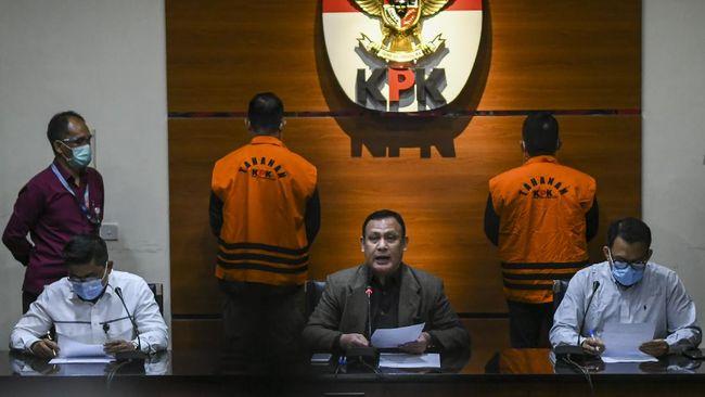 Sebanyak 8 orang terjaring OTT KPK sepanjang tahun 2020, mulai dari kepala daerah hingga menteri di kabinet Presiden Joko Widodo.