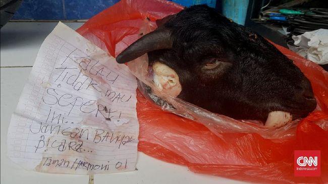 Ketua KIPP Jawa Timur Novli Bernardo menduga mendapat teror lantaran selama ini kerap melaporkan pelanggaran di Pilkada Surabaya.