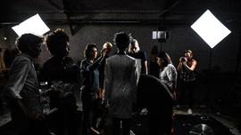 FOTO: Fashion Week Dunia Virtual, Adaptasi Kala Pandemi