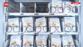 VIDEO: Hong Kong Sediakan Alat Tes Covid di Vending Machine