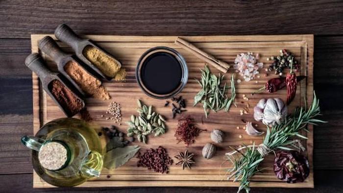 Bahan-bahan Tradisional Ini Ternyata Bisa Bantu Menurunkan Berat Badan Kamu, Loh!