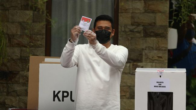 Cawalkot Medan Bobby Nasution menyatakan pihaknya menanti hasil resmi KPU terkait kemenangannya di Pilkada Medan 2020.