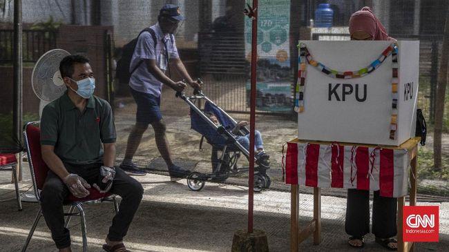 Di Surabaya, petugas KPPS disebut memberikan penanda pada surat suara. Sementara di Malang, ada orang yang tak masuk DPT namun menyalurkan hak suaranya.