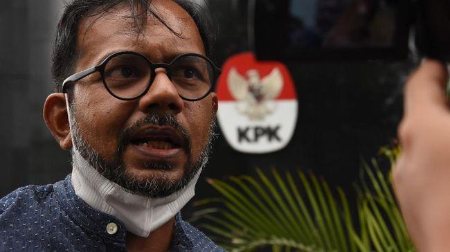 Haris Azhar merespons somasi Luhut Binsar Pandjaitan lewat surat berisi ajakan diskusi di kanal Youtube untuk mengklarifikasi polemik bisnis tambang di Papua.