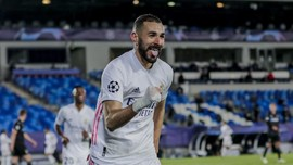 Adu Tajam Benzema vs Suarez di Derby Madrid