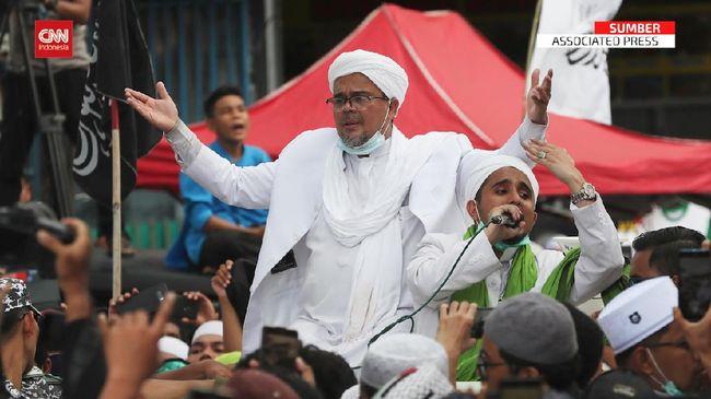 Pimpinan FPI Rizieq Shihab menjadi tokoh yang paling banyak menyita perhatian publik sepanjang 2020, mengalahkan Menko Luhut Pandjaitan dan Presiden Jokowi.