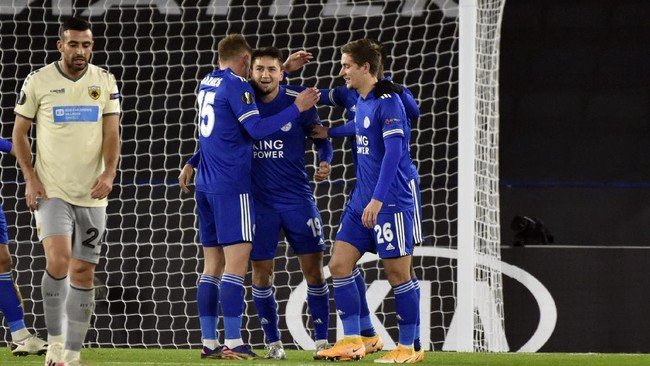 AC Milan dan Leicester City sama-sama meraih kemenangan di laga terakhir fase grup Liga Europa dan menjadi juara grup.
