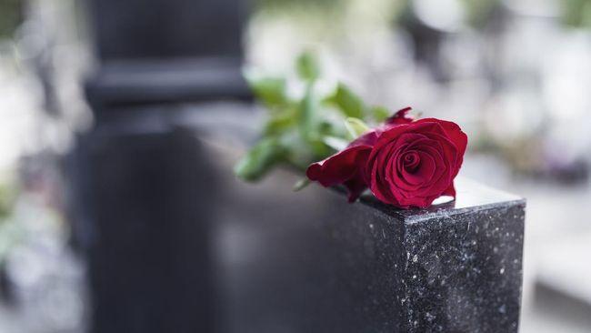 Budayawan asal Kendal, Prie GS, meninggal dunia pada Jumat (12/2) pagi karena serangan jantung.