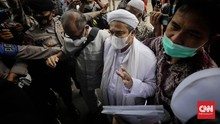 Rizieq Hadirkan Epidemiolog & Ahli Bahasa di Sidang Kerumunan