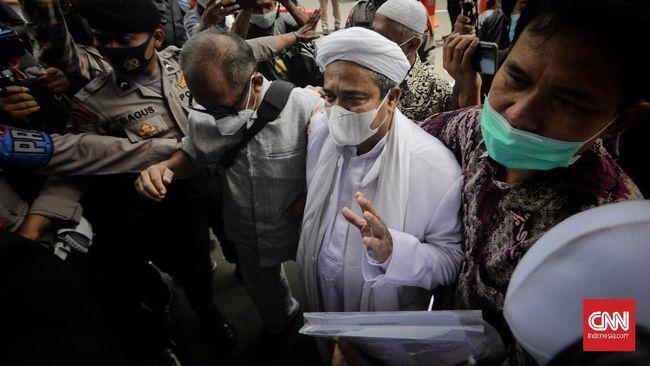 Terdakwa kerumunan, Rizieq Shihab, menghadirkan ahli yakni epidemiolog dan ahli bahasa dalam sidang di PN Jakarta Timur, Senin (17/5).