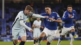 Bintang Everton Larang Anak Beli Jersey Ronaldo