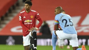 Pemain Liga Inggris Tetap Gelar Aksi Berlutut Musim Depan