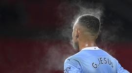 Man City Tumpul di Derby, Guardiola Rindu Aguero