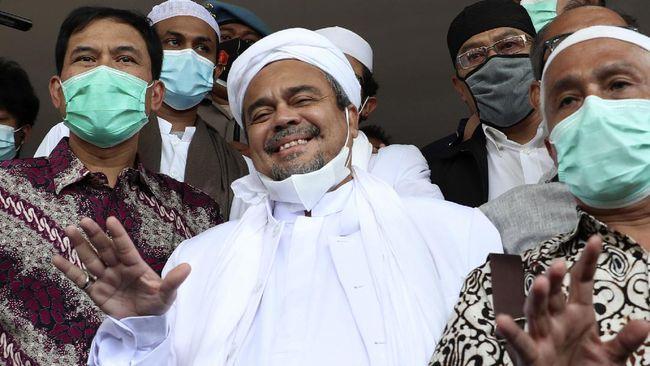 Rizieq tersandung tiga kasus: kerumunan Petamburan, kerumunan Megamendung, dan kasus tes swab di RS Ummi Bogor.