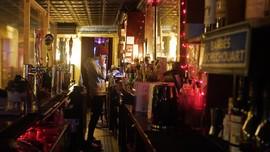 FOTO: Cara Bar di New York Bertahan Hidup di Tengah Pandemi