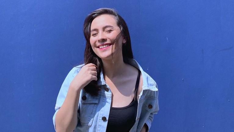 6 Pesona Lidi Brugman, Artis yang Dilabrak Istri Lucky Perdana