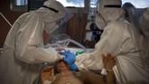 Italia saat ini menjadi negara dengan kasus tertinggi di Eropa mencapai 1,8 juta infeksi Covid-19, sekitar 80 ribu diantaranya merupakan petugas medis.