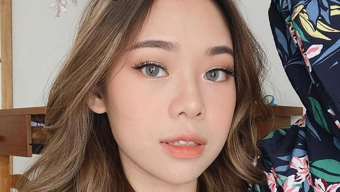 6 Rekomendasi Blush On Lokal Bagus untuk Peachy Makeup Look