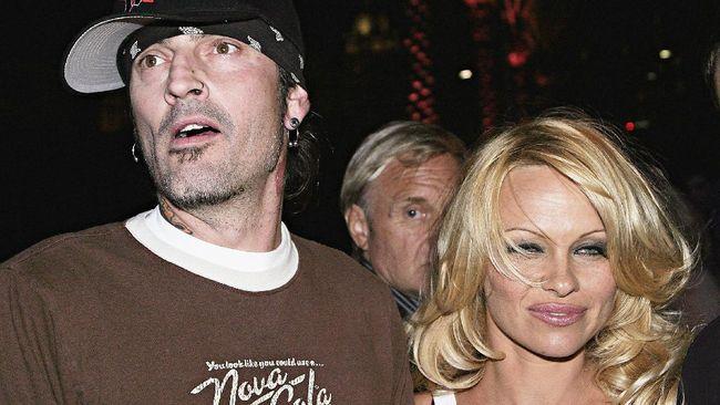 Kisah skandal seks pasangan model Pamela Anderson dan drumer Tommy Lee akan dihadirkan dalam sebuah serial.
