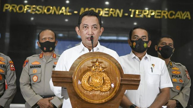 Kabareskrim Polri Komjen Pol Listyo Sigit disebut-sebut sebagai nama tunggal yang diajukan Presiden Jokowi ke DPR untuk menjadi Kapolri pengganti Idham Azis.