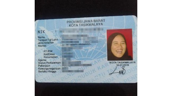 Beberapa waktu lalu viral di TikTok seorang wanita yang punya foto KTP sedang tertawa lebar alias ngakak. Ini cerita di baliknya.