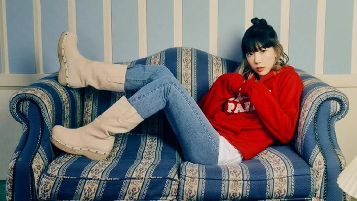 8 Tatanan Rambut Panjang Untuk Gaya Sehari-hari ala Taeyeon SNSD