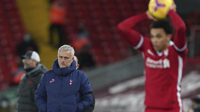 Bek kanan Liverpool Trent Alexander-Arnold menyindir pelatih Tottenham Hotspur Jose Mourinho usai kemenangan The Reds di Liga Inggris.