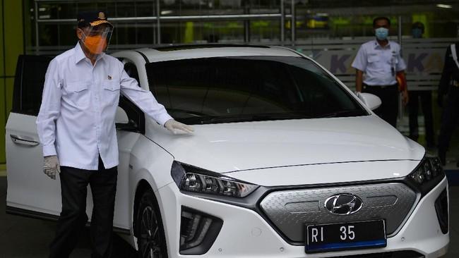 Aman, Mobil Listrik Menhub dan Ridwan Kamil Tak Perlu Recall