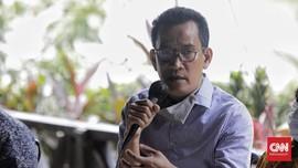 Jokowi Ogah 3 Periode, Refly Risau Orang di Sekitar Kekuasaan