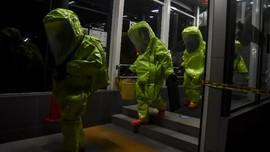 FOTO: Simulasi Polisi Sergap Teroris di MRT Lebak Bulus