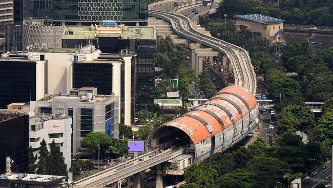 Direktur Utama PT Adhi Karya (Persero) Tbk Entus Asnawi Mukhson menyebut progres proyek LRT Jabodebek saat ini sudah mencapai 83,5 persen.